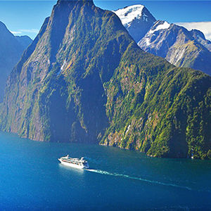 Take a cruise on Milford Sound during your NZ holiday