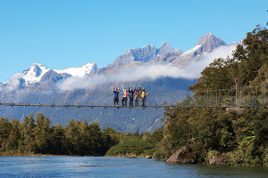 Hiking the Hollyford Track