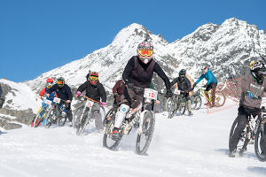 Mountain Bikes on Snow, QT Winterfest 2016