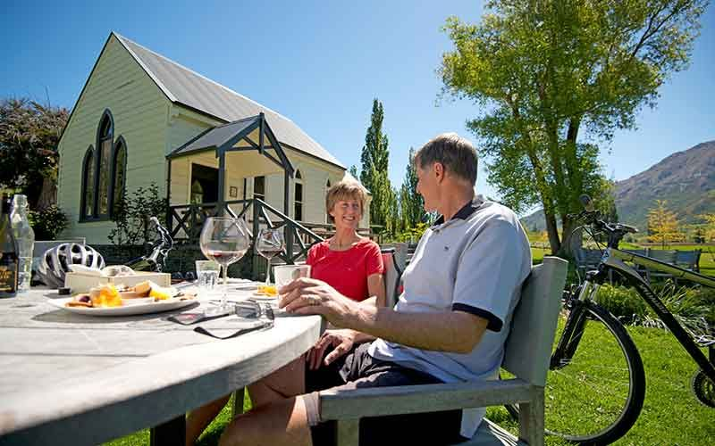 Arrowtown wine and bike self-guided tour, New Zealand