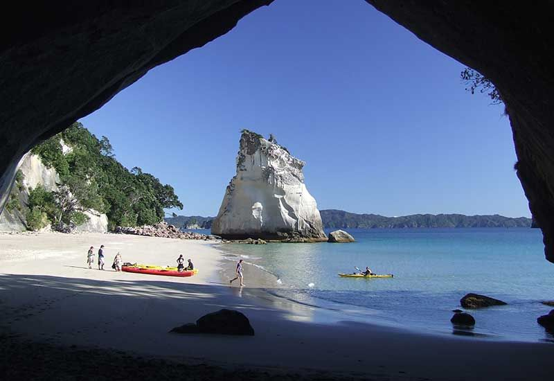 Tour to Cathedral Cove by kayak