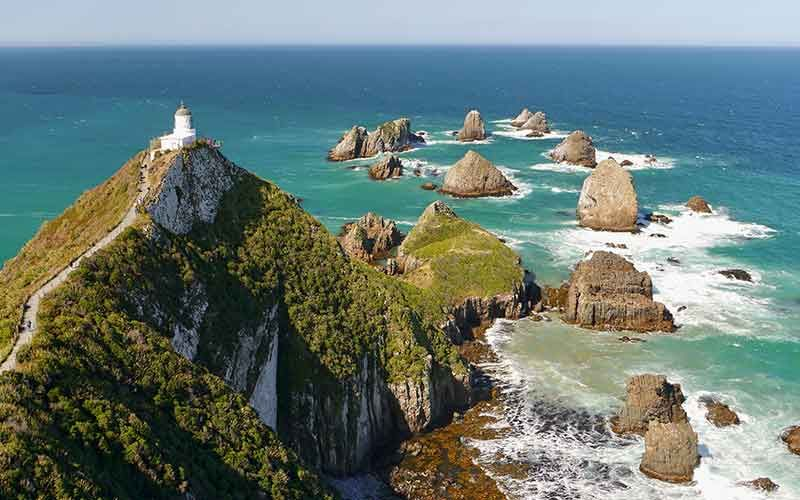 Nugget Point Lighthouse in Tapanui is a great spot to visit as a side trip