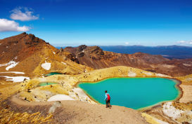 Person looking at the emerald lakes in Tongariro