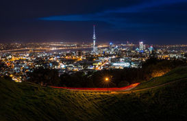 Explore the night life of Auckland