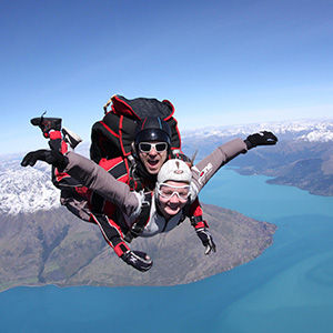Queenstown skydiving, New Zealand adventure