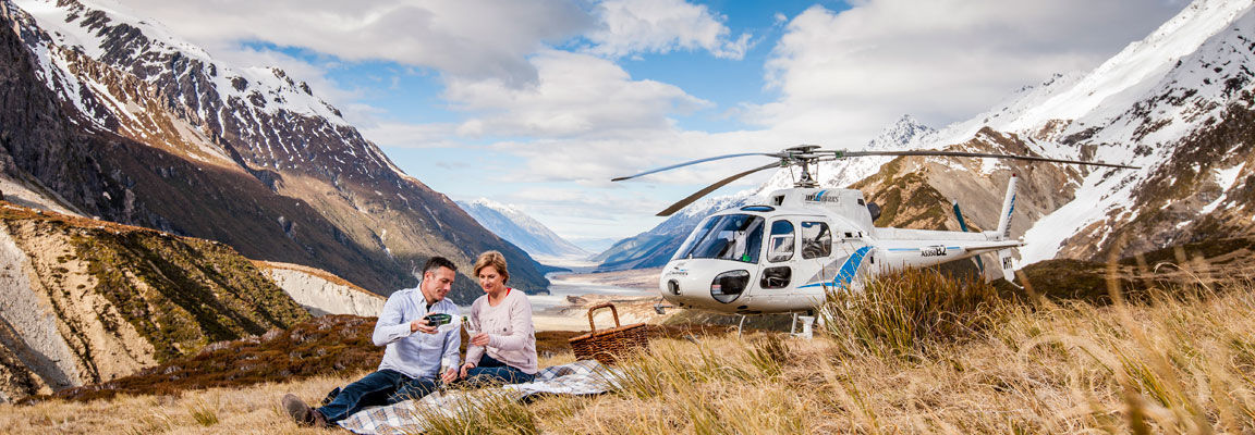 Touring the Canterbury hills by helicopter